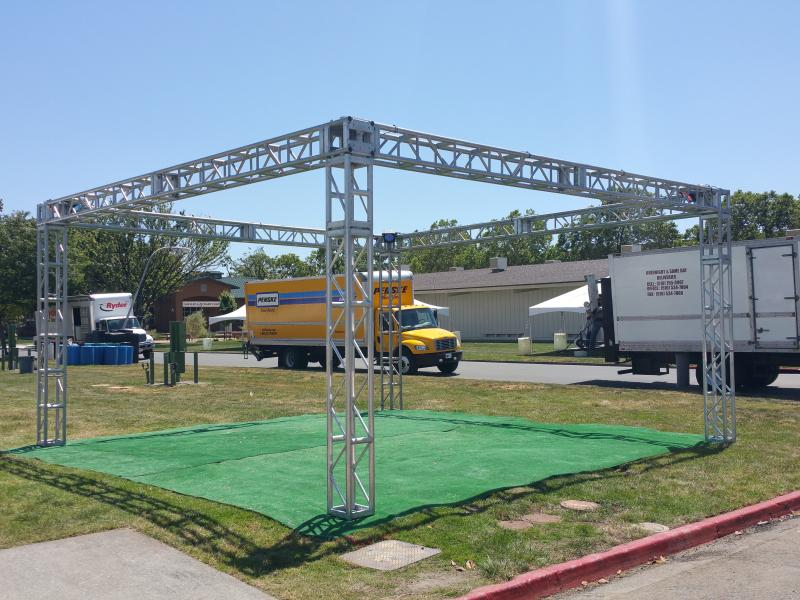 Stage Lights and Sound Rentals & Production Services - Truss